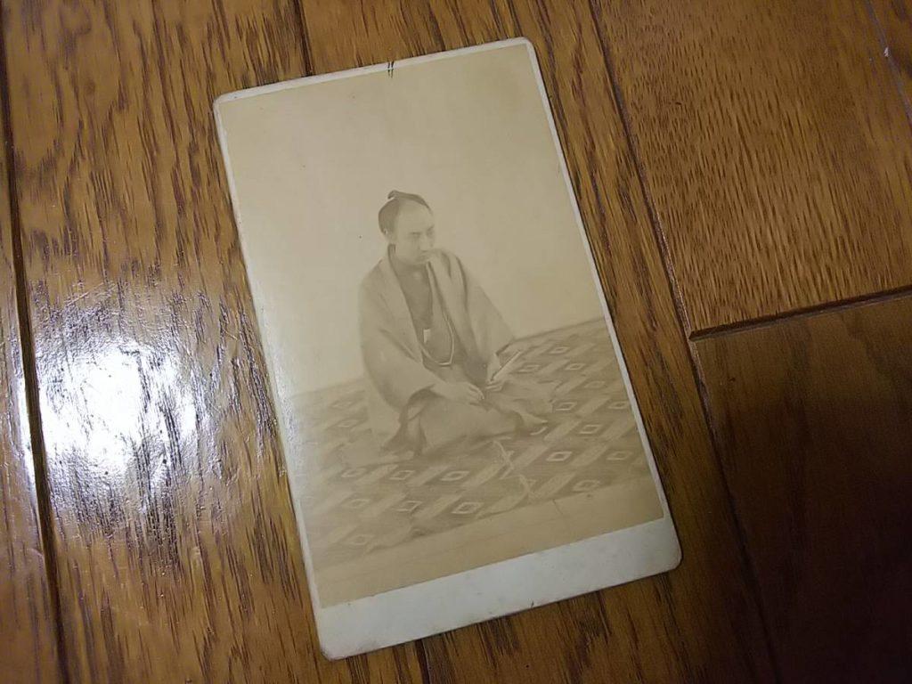 町人か?商人丁髷の人物肖像古写真鶏卵紙