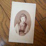 徳田 孝吉撮影美人町娘静岡肖像台紙鶏卵紙