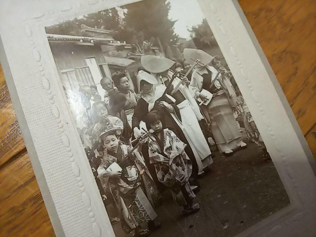 明治期・瞽女鶏卵紙古写真