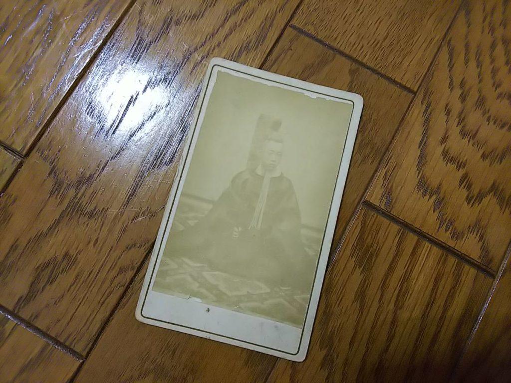 水戸藩主・徳川昭武鶏卵紙古写真