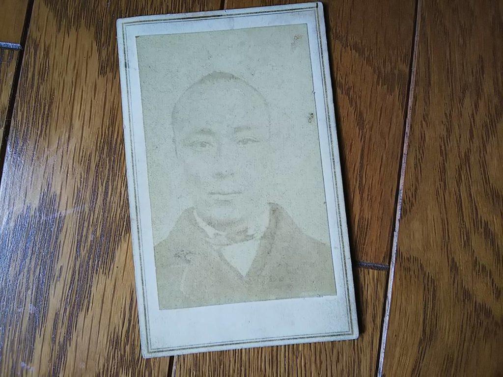 第15代将軍・徳川慶喜鶏卵紙古写真