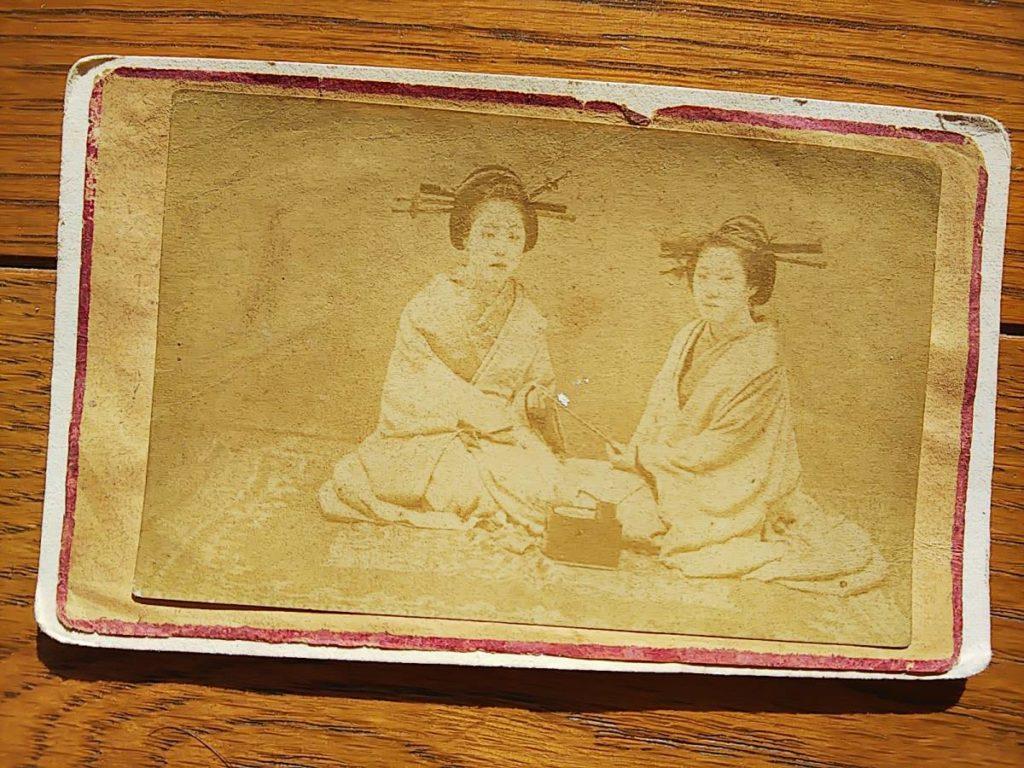 【古写真の調査後売却】明治初期の美人花魁2人