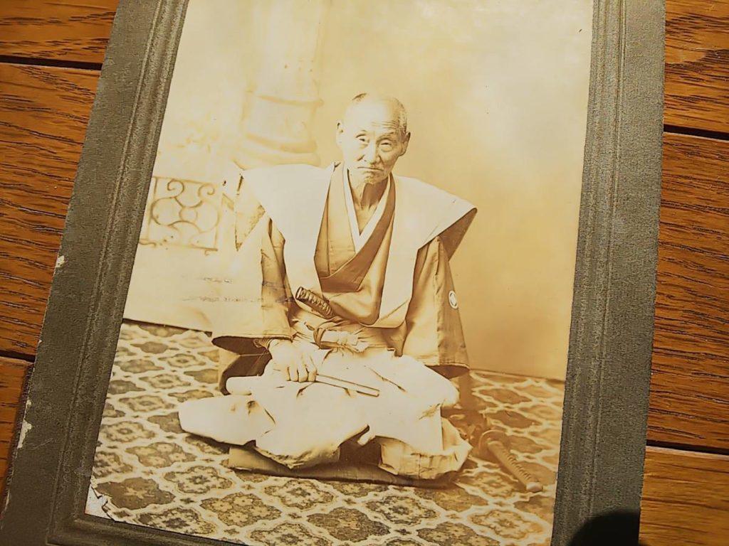 彦根藩内で撮影された与板藩家老・松下源左衛門家の人物肖像(帯刀)