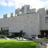 【古写真関連資料】2003年、ヒューストン美術館で開催された日本写真史展では、多くの写真師が紹介された。