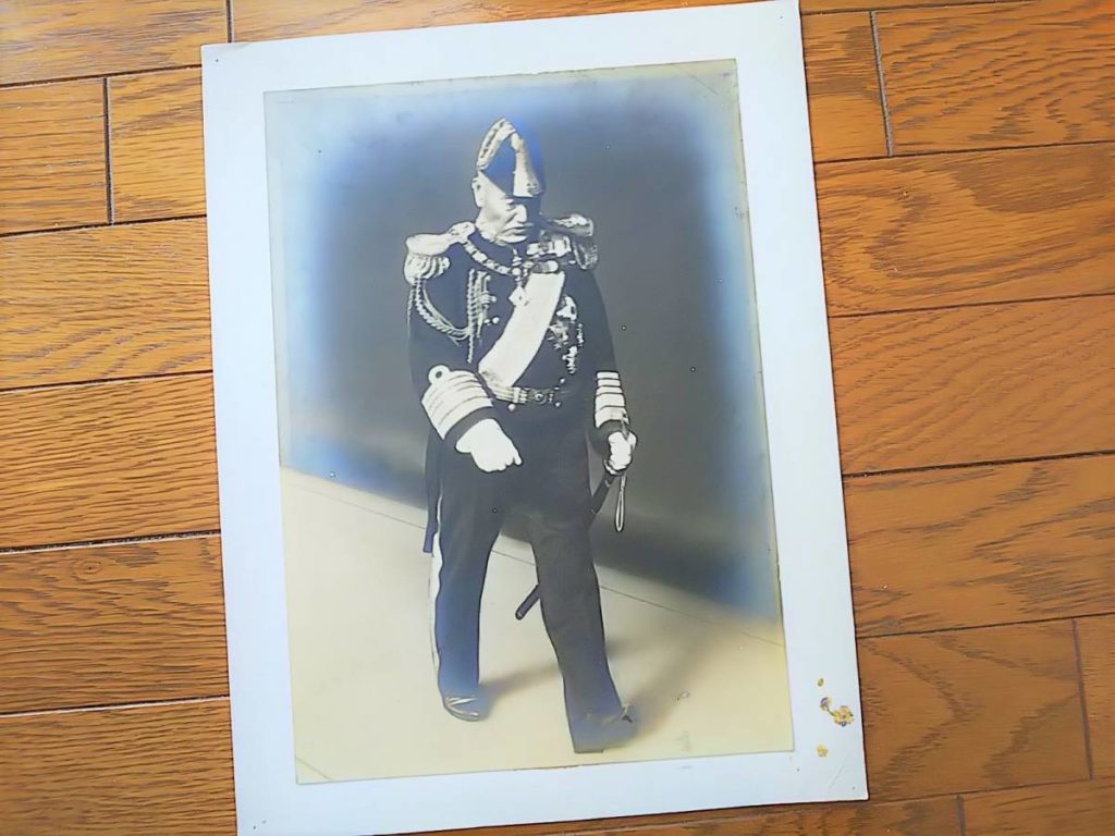【古写真の調査後売却】元帥海軍大将・東郷平八郎(大判台紙、モノクロ)