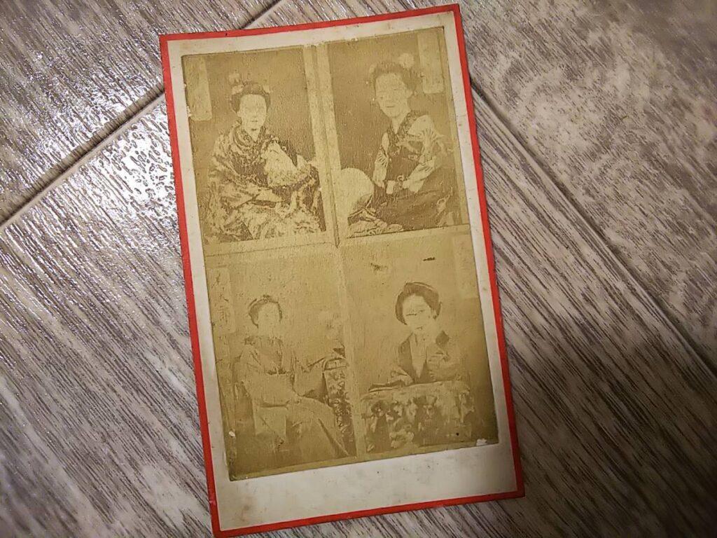 【古写真の調査後売却】江良加代ほか、美人芸妓4人(鶏卵紙、台紙貼付)